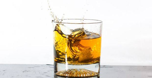 Glass of Malt Whisky Splash